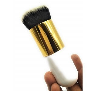 ShoppingMantraS.com sharing Best Offer on Generic Makeup Cosmetic Face Powder Blush Brush. checkout now and buy at best price in India.